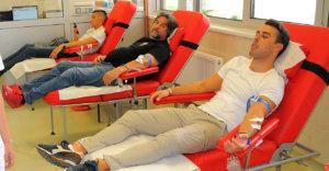 Read more about the article Vaterpolisti Radničkog u akciji davanja krvi