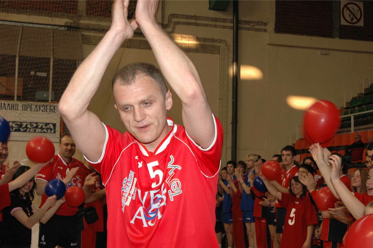 "Read more about the article Memorijalni odbojkaški turnir ""Dejan Brđović"""