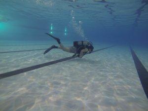 Podvodna avantura na zatvorenom bazenu