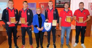 Priznanja juniorskim vicešampionima Sveta, stipendije prvotimcima VK Radničkog