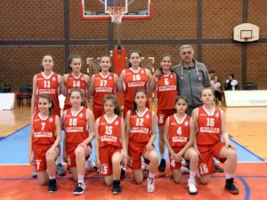 Read more about the article Mlade košarkašice Radničkog na pripremama kadetske reprezentacije Srbije