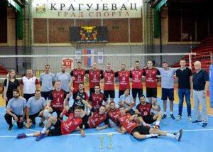 "Read more about the article Odbojkaši Radničkog osvojili memorijalni turnir ""Legende Radničkog"""