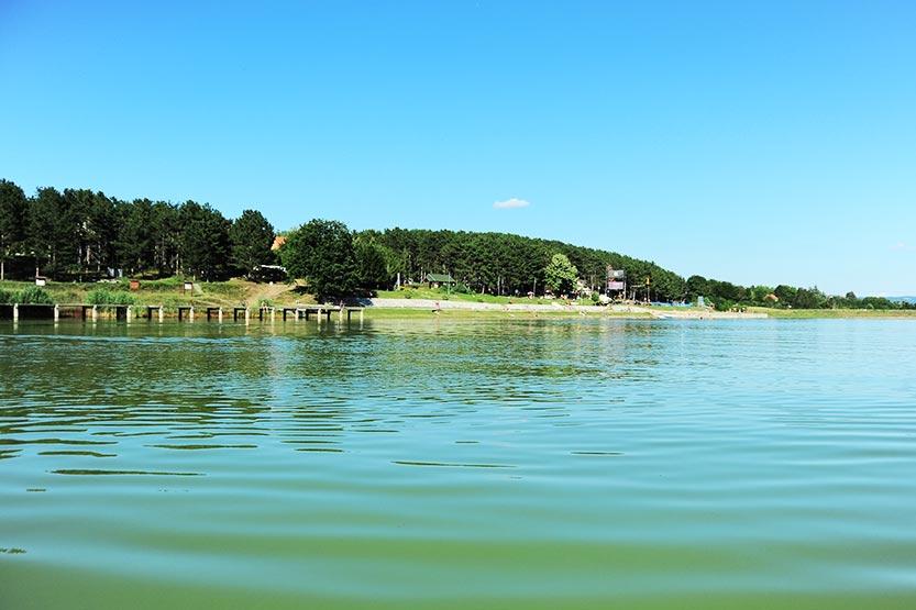 Od danas bez spasilaca na Šumaričkom jezeru