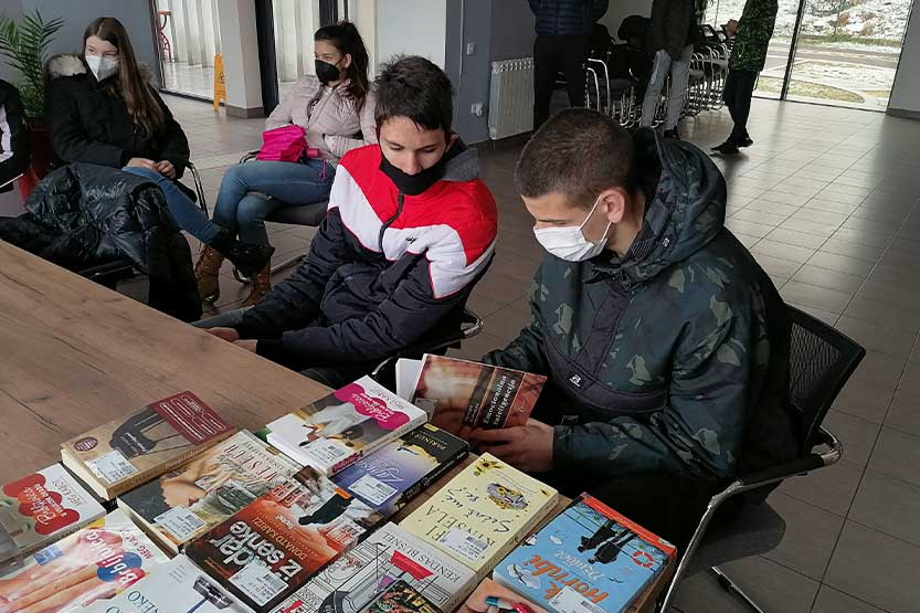 "Read more about the article ""Iskrina"" biblioteka bogatija za nove članove"