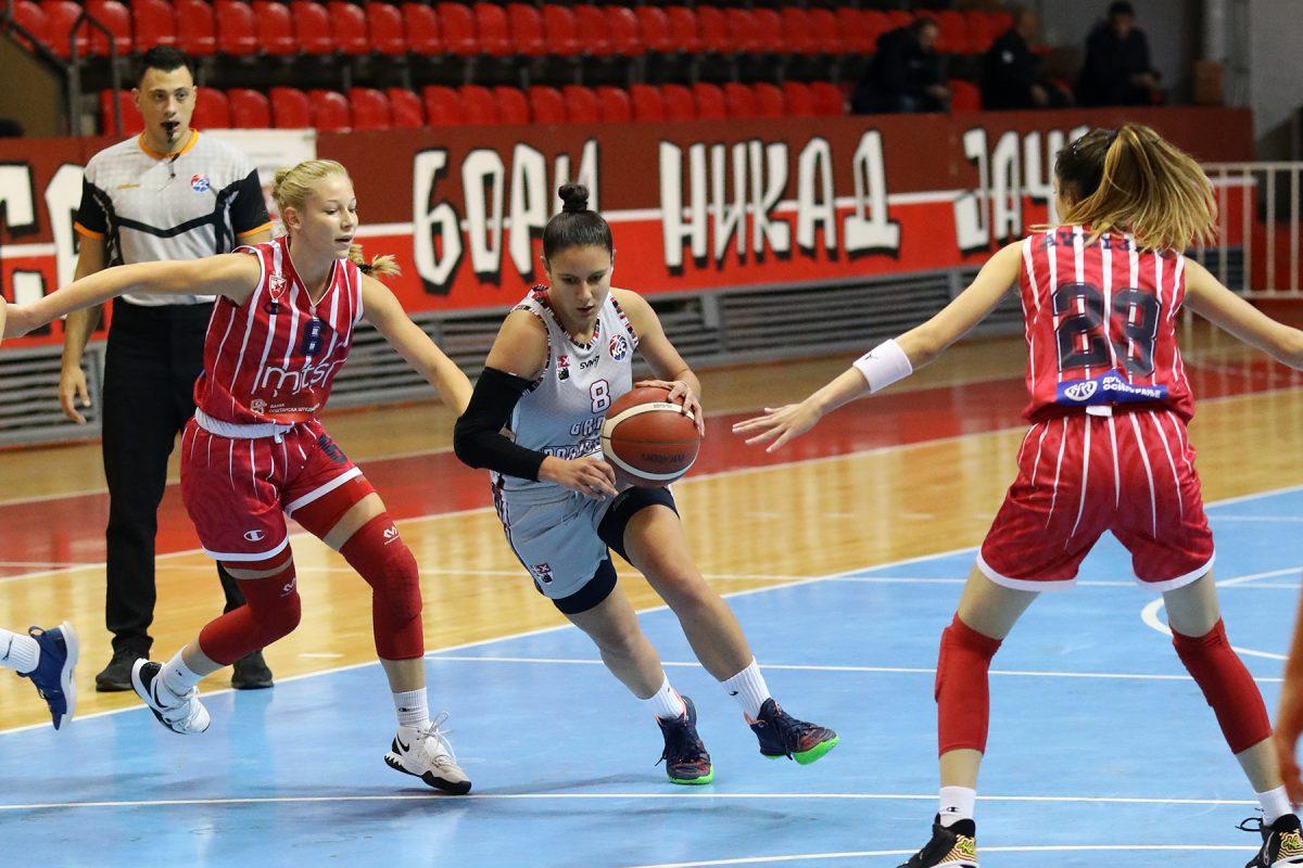 Read more about the article Težak poraz od šampiona